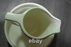 Art Deco 30's pitcher water basin jug bowl geometric spritzdekor colored design