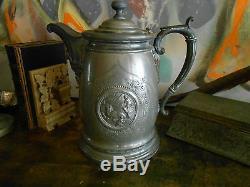 Antique Victorian Iced Pitcher Eau. Très Fleuri, Vieux Silverplate. Chasse Walrus