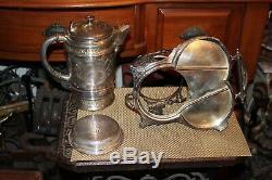 Antique Wicox Silverplate Victorienne Tipping Pitcher Eau Thé Avec Base De Fond