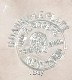 Fin Du 19ème Vintage Cent Wm Rogers Floral Design Ice Pichet Plaque Argent