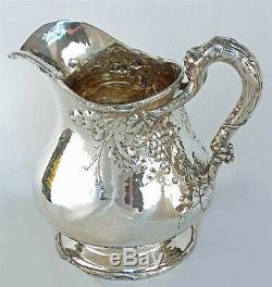 Gorham 1911 Finition Martelée Arts & Crafts Sterling Pitcher Eau De Raisin Motifs