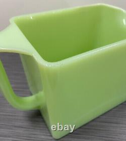 Jeannette Glass Co Jadite / Jadeite / Jade-ite Ice Box Jug (pichet D'eau)