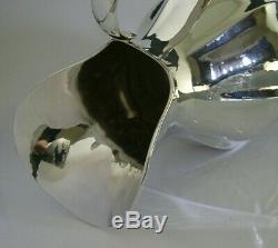 Main D'argent Rare Claret Vin Solide Plannished Eau Jug Décanteur 1997 456g