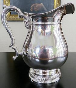 Old Lg. Sterling Silver International Prelude Hand Poursuivi Water Pitcher 682 Gr